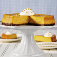 1433717360_pumpkin-cheesecake-with-gingersnap-pecan-crust-recipe